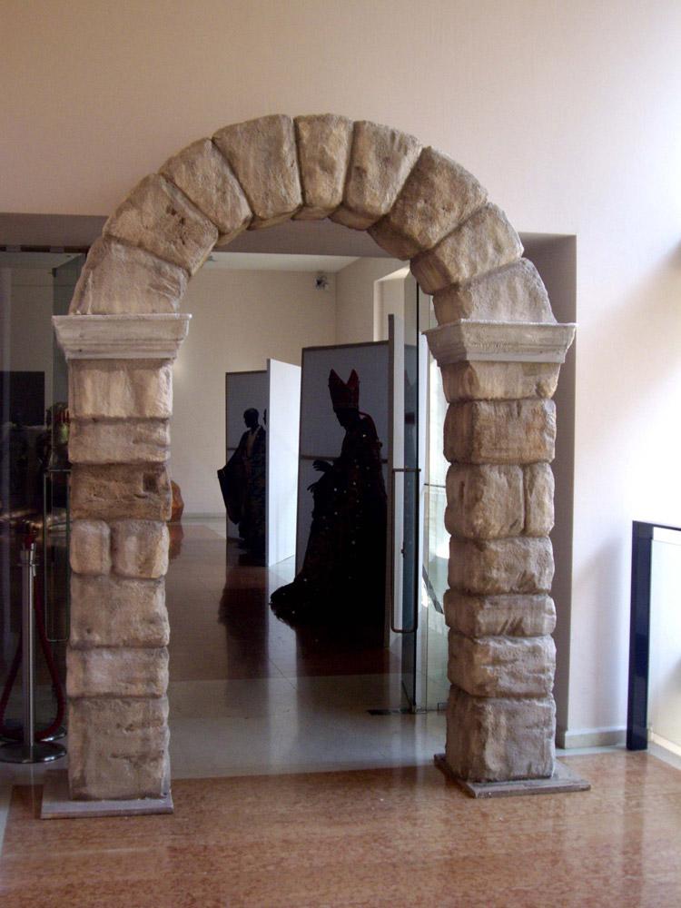 pietra finta in polistirolo cemento armato precompresso